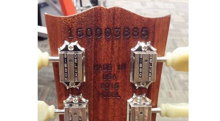 Gibson USA 2016 Les Paul Studio Worn Headstock