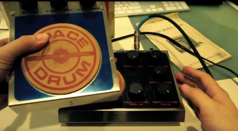 Electro Harmonix Super Space Drum Synthesizer Pedale Vintage