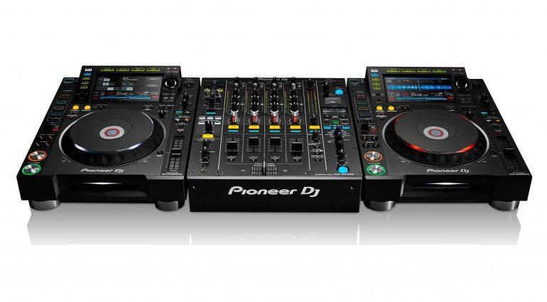 Pioneer DJM-900NXS2 und CDJ-2000NXS2