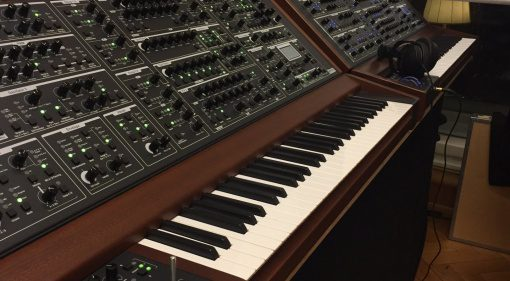 Schmidt Synthesizer - Eightvoice Polyphonic