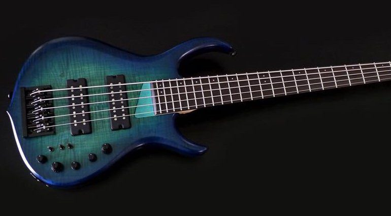 Sire Marcus Miller M7 Bass Front Blue