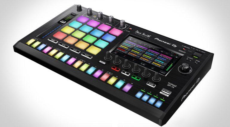 Pioneer TORAIZ 16 - Überraschung! Sampler für DJs in Zusammenarbeit mit Dave Smith