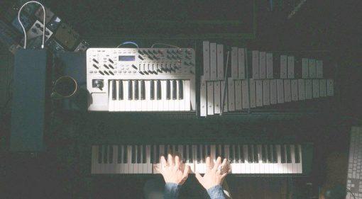 Avvay Klavier Draufsicht