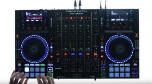 "Serato Pitch Play  – ""Keyboard"" spielen mit Controller-Pads"