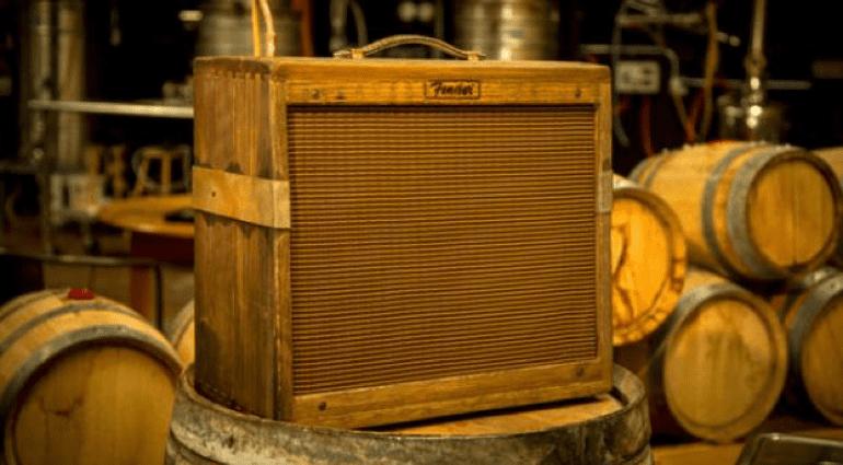 Fender Custom Shop 80 Proof Blues Junior Front