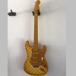 Fraser Guitars Steichholz Strat Gitarre Wand Komplett