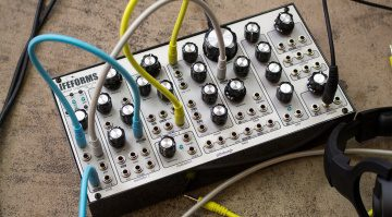 Pittsburgh Modular Lifeforms SV-1 Blackbox - flexibler modularer Desktop Synthesizer