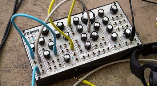 Pittsburgh Modular Lifeforms SV-1 Blackbox - flexibler modularer Desktop Synthesizer