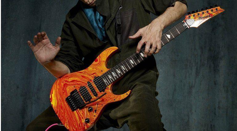 Steve Vai Passion & Warfare 25th anniversary signature guitar 770x425