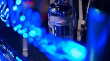 Hughes Kettner Grandmeister Deluxe 40 Roehren blaue LED