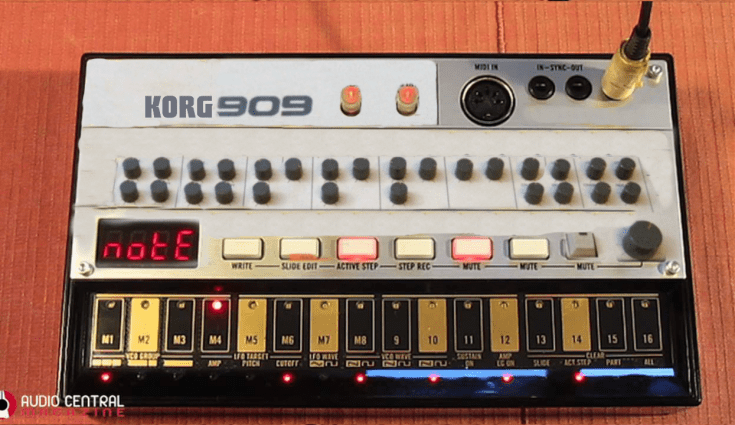 korg volca 909 - fake synth
