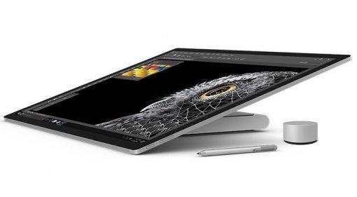 Microsoft Surface Studio zusammen geklappt