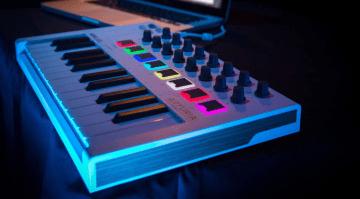Arturia MiniLab Mk II - ein all-in-one Studiocontroller für den mobilen Producer