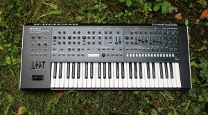 Roland System 8 - Synth