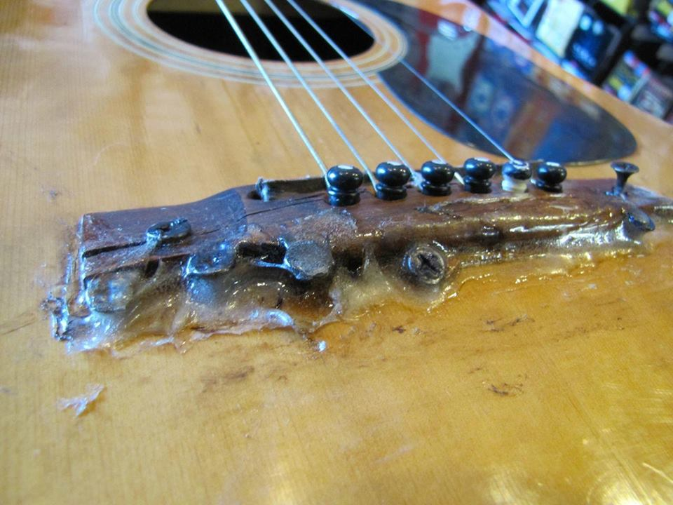 E-Gitarre nach DIY Kur Front Close Up 12