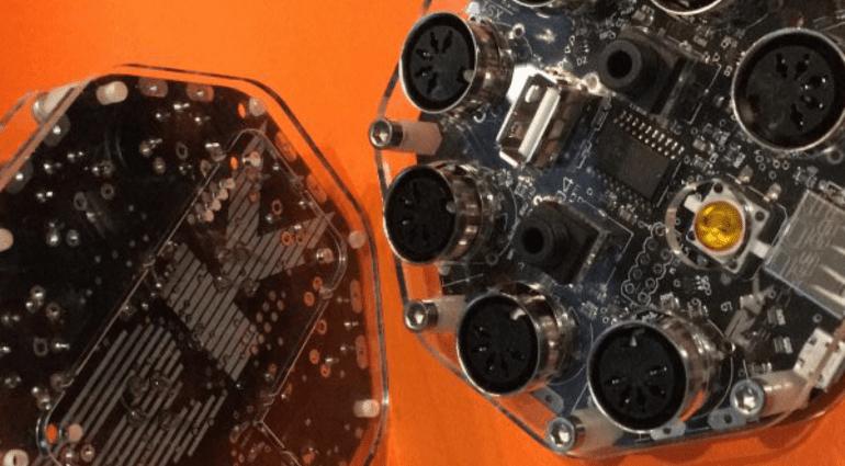 Retrokits RK-004 - vollprogrammierbarerer MIDI-Hub mit vielen Extras