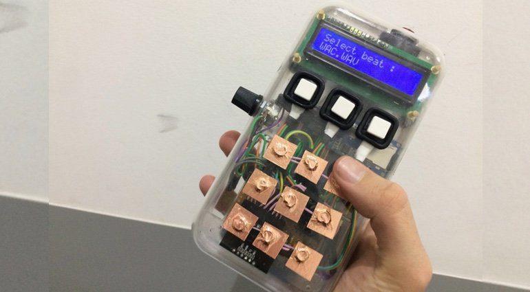 DIY Drum Machine Game Boy Taschenrechner Front