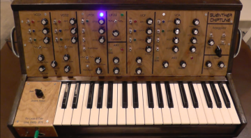 Guenther Chiptune - ein semi-modularer DIY Synthesizer mit Holz-Optik
