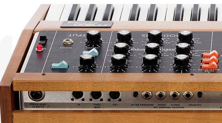 Moog MiniMoog Model-D MIDI Buchsen