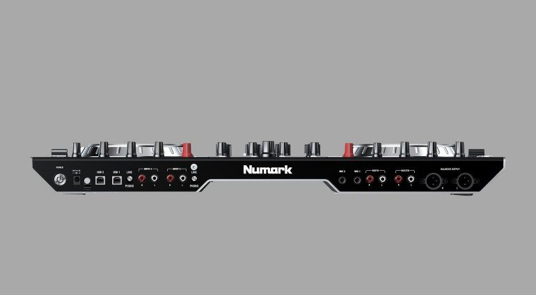 Numark NS6II Backpanel