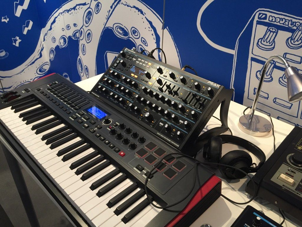 31 Novation Peak 2