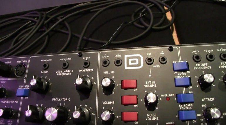 Behringer D-Synth Minimoog Klon Controls 2