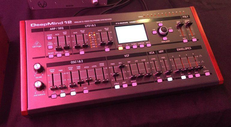 Behringer zeigt zur Superbooth DeepMind 6 und DeepMind 12 Desktop
