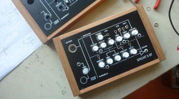 Curetronic Modular Specht S 07 - Klopf, klopf, wer klingt denn da?