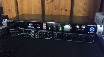 Presonus Quantum Thunderbolt Interface Superbooth Front Back