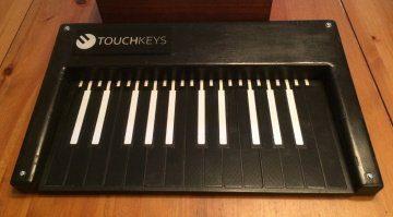 TouchKeys Stand-alone - berührungsempfindliches Keyboard mit CV Ausgängen