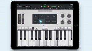 Garageband iOS Synthesizer