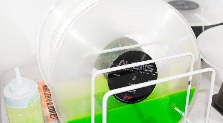 Alien Vinyl Liquid Fills