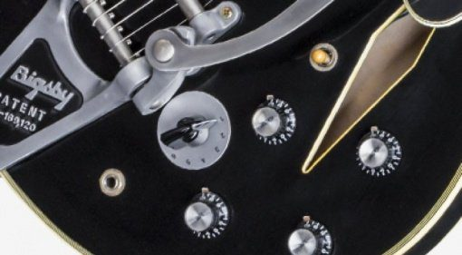 Gibson Shinichi-Ubukata-ES-355-Vintage-Ebony-VOS-closeup