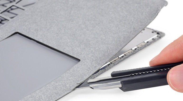 Microsoft Surface Laptop iFixIt Teardown Cutter Messer