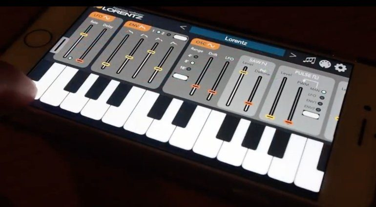 Iceworks Lorentz Synthesizer - analog Modeling iOS Synth in Version 2