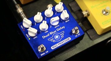Mad Professor Dual Blue Delay Pedal Front