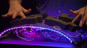 Curve - DIY-Projekt eines neuartigen Instruments