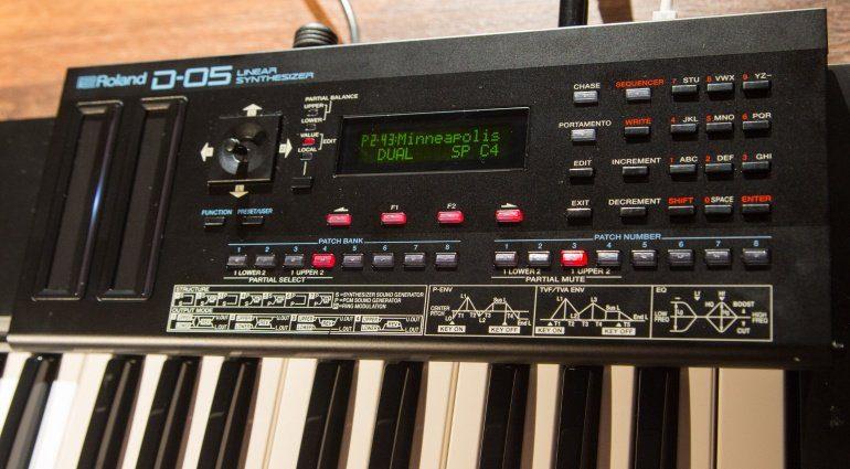 Roland D-05 - der legendäre Roland D-50 in mini ist da!