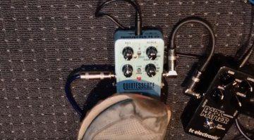 TC Electronic Quintessence Harmonizer Pedal FX
