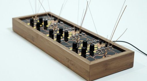 Folktek The Resonant Garden - futuristischer Resonanz Synthesizer