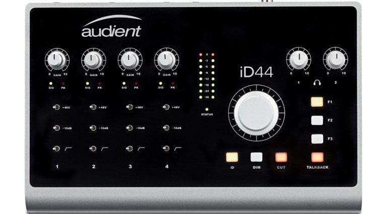 Audient ID44 Front