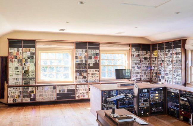 Martin Gore Studio 3HE