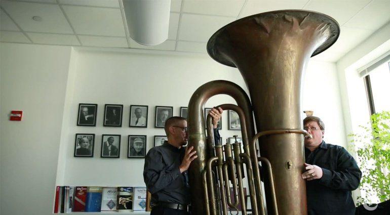Die größte Tuba der Welt
