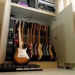 Aufrecht Gitarren aufbewahren