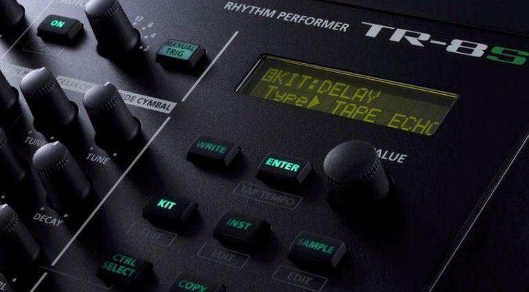 Roland AIRA TR-8S 05