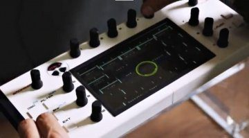 Miclop CTRL-X - VSTi inklusive Hardware-Controller