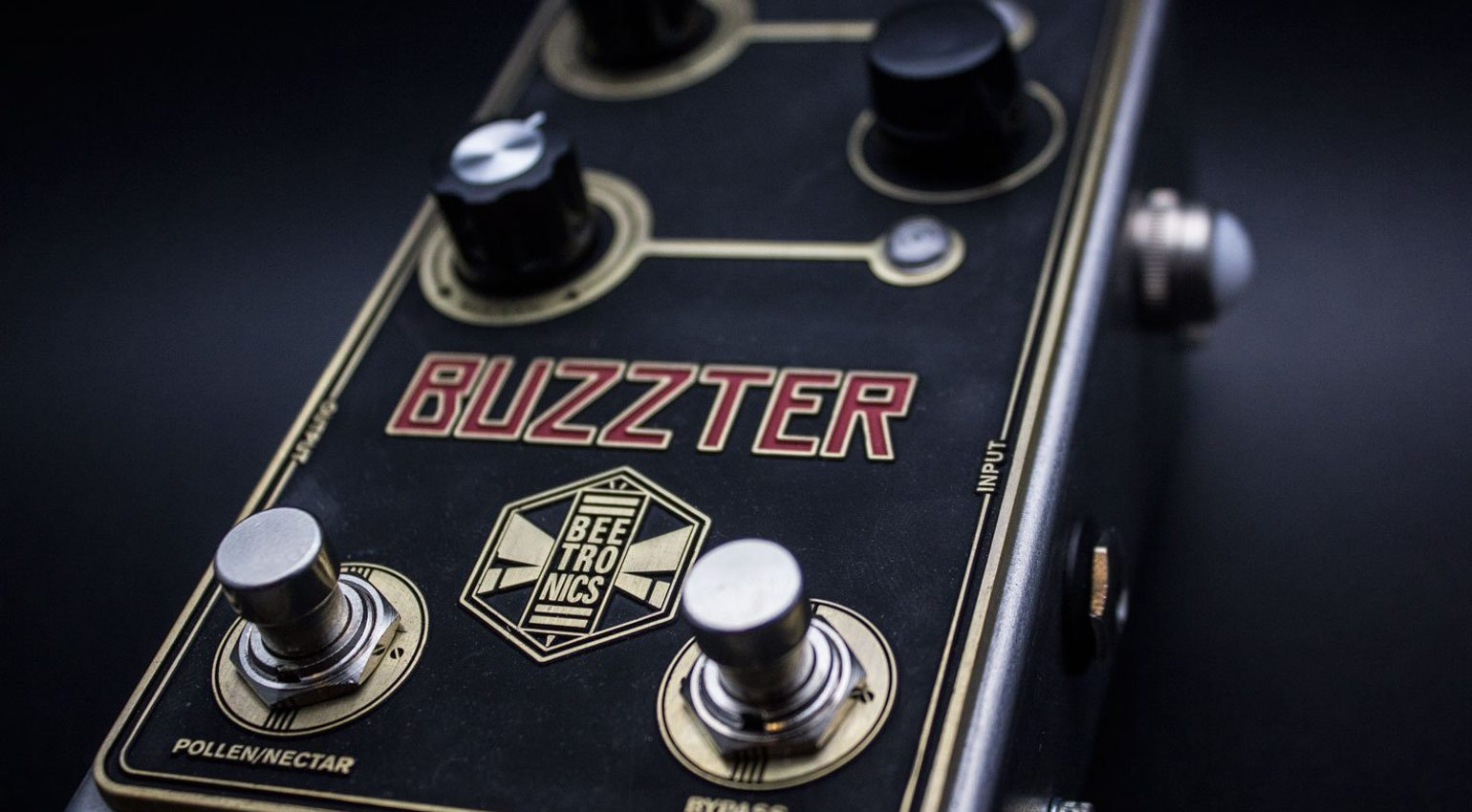 Beetronics Buzzter Preamp Booster Pedal Front 1