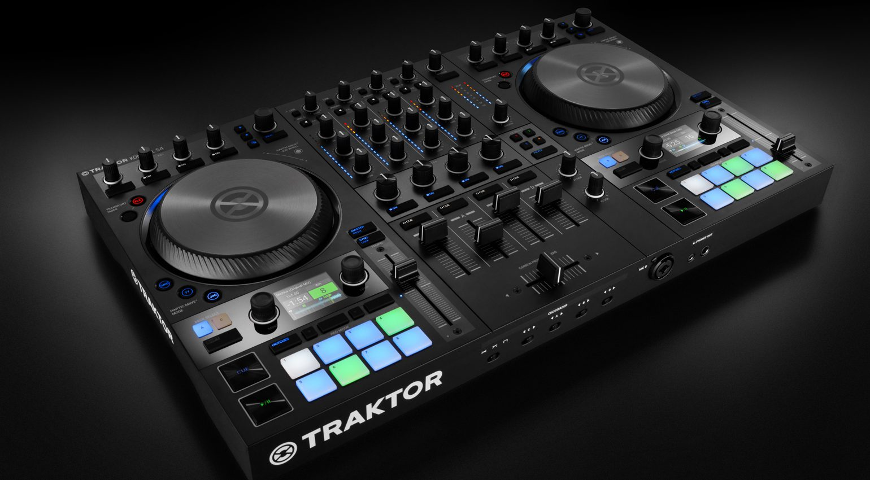 TRAKTOR KONTROL S4 MK3