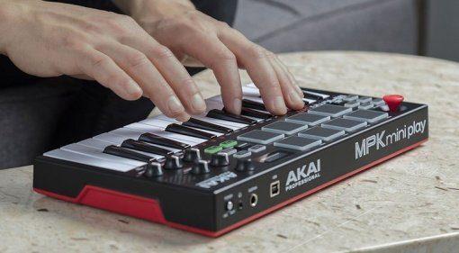 Akai MPK Mini Play: ab sofort mit Sounds on-board!