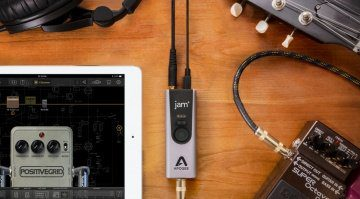 Apogee-Jam-Plus-JamTable